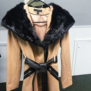 Via Spiga wool coat w/ faux fur and vegan leather